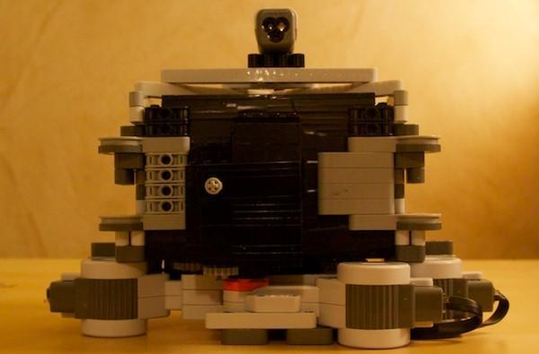 DIY pinhole camera goes automatic with Lego Mindstorms (video)