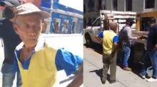 Oaxaca: le quitan sus mercancías a un anciano con discapacidad por vender en la calle
