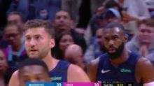 Tim Hardaway Jr. pull up and rocks in a three