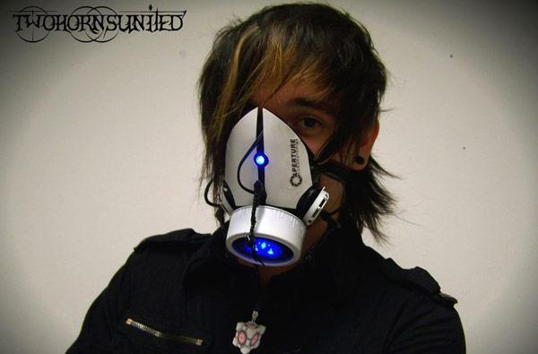 Custom-made Aperture Science gas mask will make sure you're still alive, won't open portals