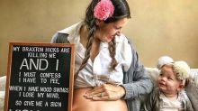 Mãe interpreta Britney Spears da melhor maneira para documentar a quarta gravidez