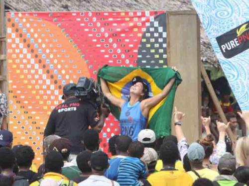 Chloé Calmon conquista vitória inédita no Mundial de Longboard