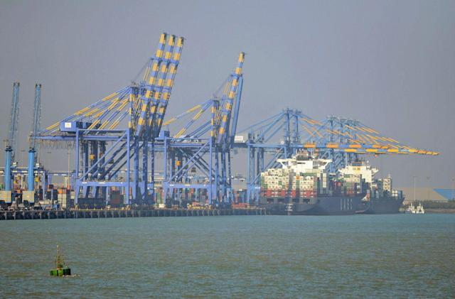 India will be the first to power its ports with green energy