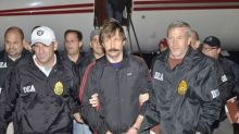 Convicted Russian arms dealer Bout returns to U.S. appeals court