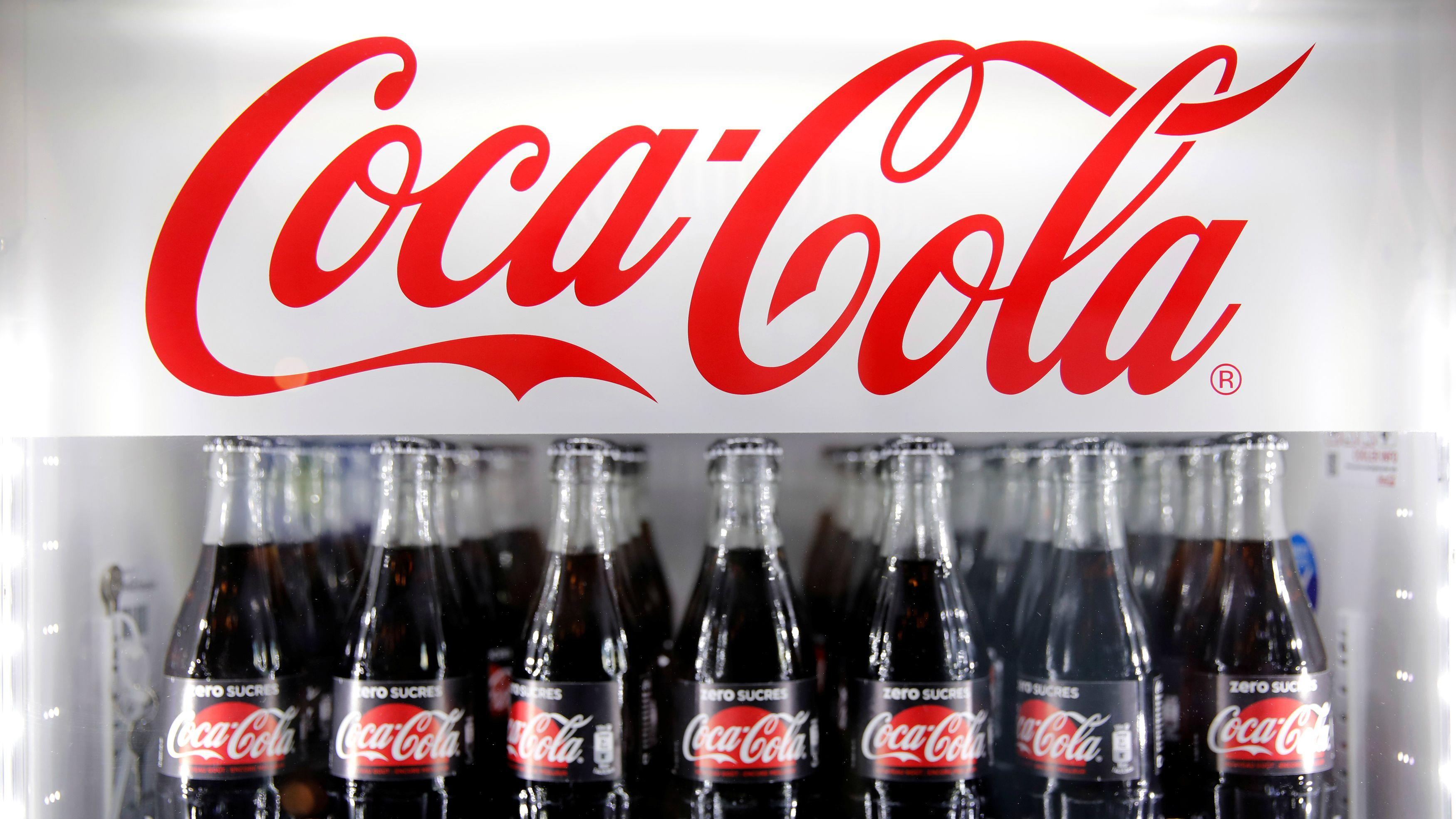 coca cola the iconic american soda maker has long been among the most international of enterprises Case: coca cola- the strategy and structure of international business coca cola, the iconic american soda maker, has long been one of the most international of enterprises.