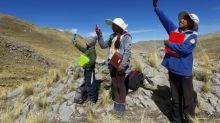 Unos 300.000 escolares peruanos desertan en medio de la pandemia