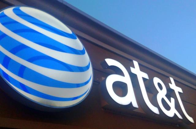 AT&T brings fixed 5G trials to three more cities