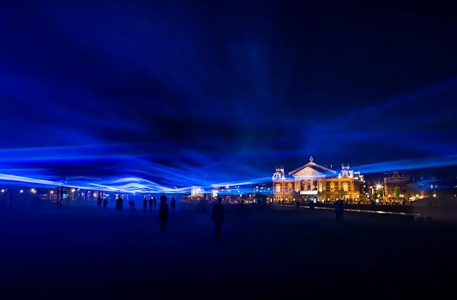 The Big Picture: Laser art show puts you inside a virtual flood