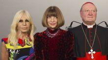 Versace, Vogue & Vatikan: Gemeinsame Ausstellung über den Einfluss der katholischen Kirche auf Mode