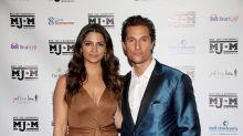 Camila Alves, la moglie di Matthew McConaughey lancia una linea di cibi per bambini