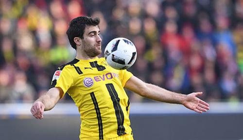 DFB-Pokal: Dortmund bangt um Sokratis