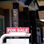 U.S Mortgage Rates Hit Reverse as the Coronavirus Spreads