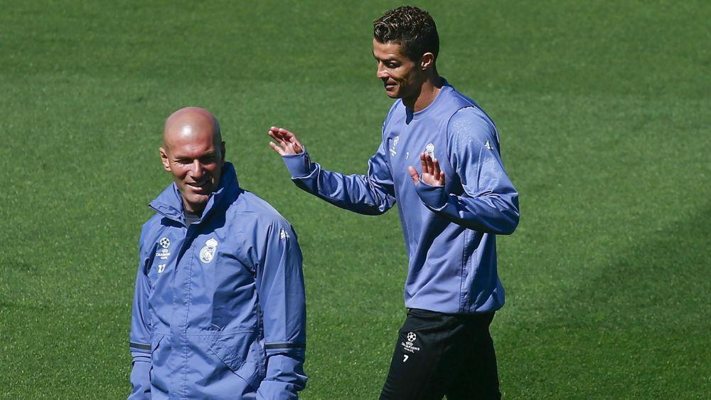 Zidane: Ronaldo makes me jealous
