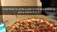 Para saborear… y reír: pizzerías creativas que dibujan curiosas bromas en sus cajas