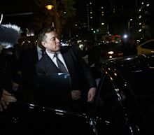Musk Tells Jury He's Worth $20 Billion, But Is Short on Cash