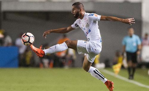 Santos é favorito diante do Santa Fé, que nunca venceu no Brasil