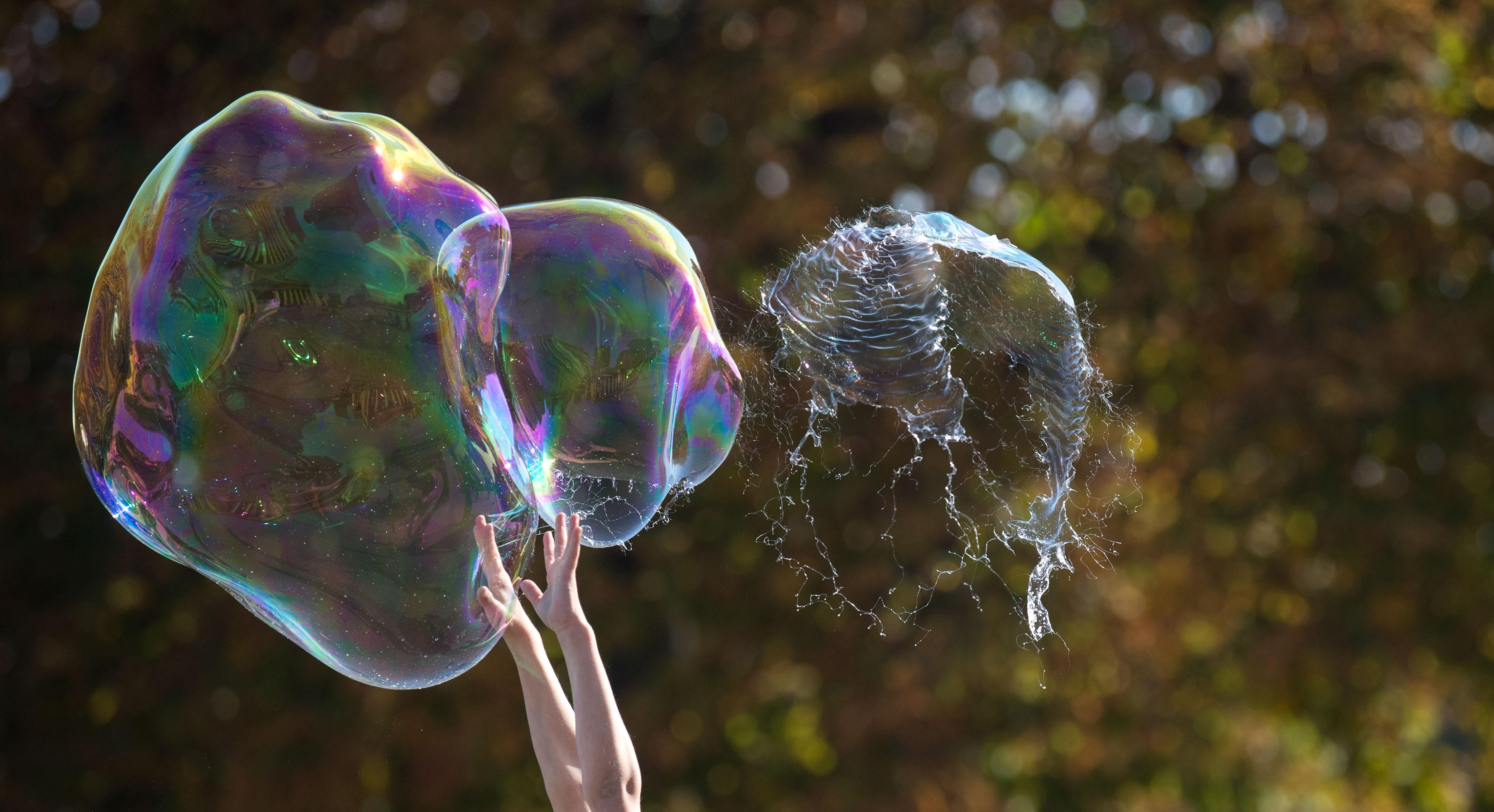 Will the stock market bubble explode in 2020? This trader makes a big prediction when it will happen