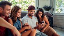 Compartir amistades con tu pareja, ¿es beneficioso para la relación?