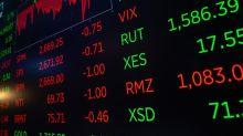 Borsa, lo spread sfonda quota 200. Pesano le tensioni politiche