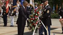Obama lays wreath at Tomb of the Unknowns