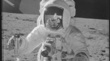 Alan Bean, moon-walking U.S. astronaut turned painter, dies in Houston