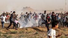 Cientos de palestinos vuelven a protestar en la frontera de Gaza con Israel