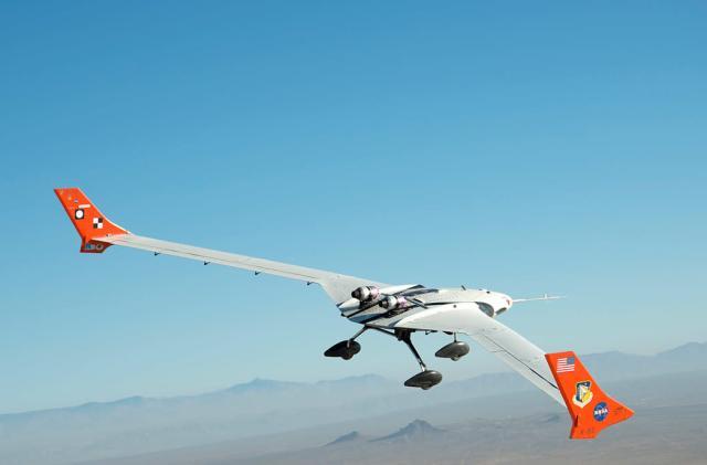 NASA starts testing light and flexible plane technology