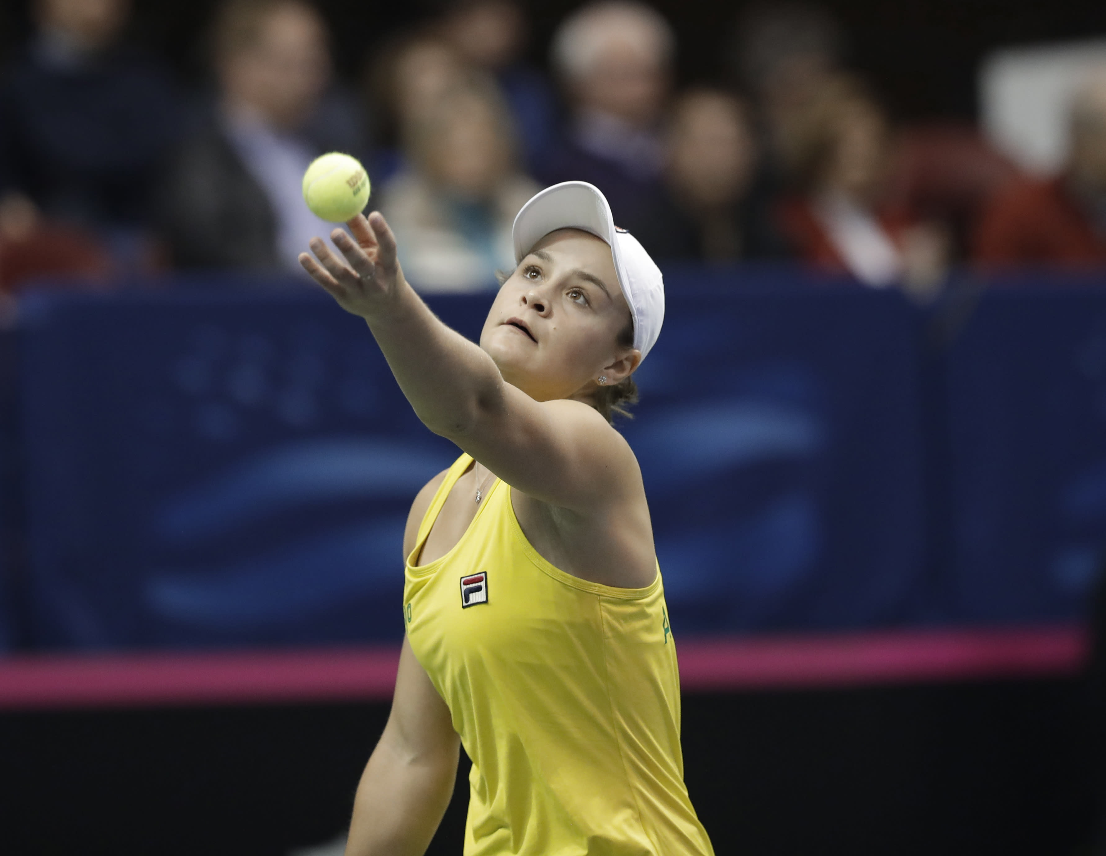 Romania upsets Czechs in Fed Cup, Australia beats US