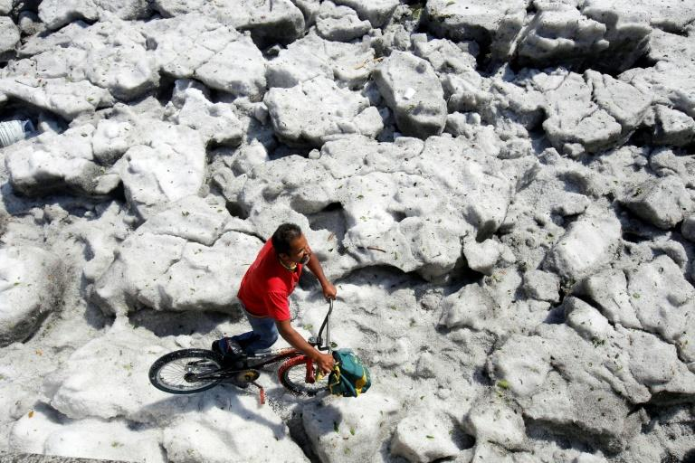 Guadalajara, Mexico struck by rare massive hail storm