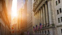 ¿Por qué el mercado de valores está a uno o dos informes económicos negativos de un colapso?