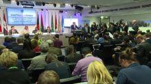 La OPEP y sus socios seguirán limitando la producción petrolera