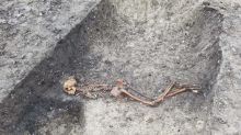 Skeleton of Iron Age murder victim unearthed during HS2 works in Buckinghamshire
