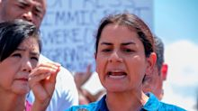 Lawmaker describes 'unacceptable' border detention conditions, meets with US citizen in Border Patrol custody