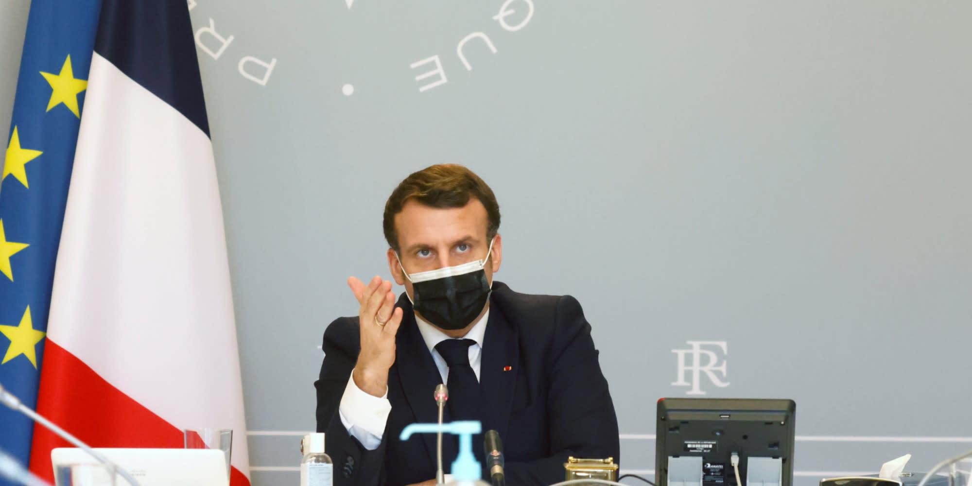 Présidentielle : le front républicain s'effriterait en cas de duel Macron-Le Pen, selon un sondage