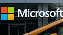 Microsoft Will Bundle Its Rival to Slack in New Windows Software