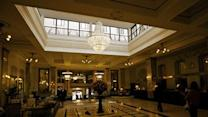 Moscow auctions off hotel Metropol