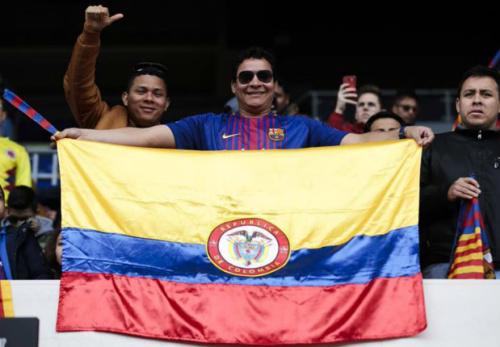 Colombia le puso color al Camp Nou en la presentación de Yerry Mina en Barcelona