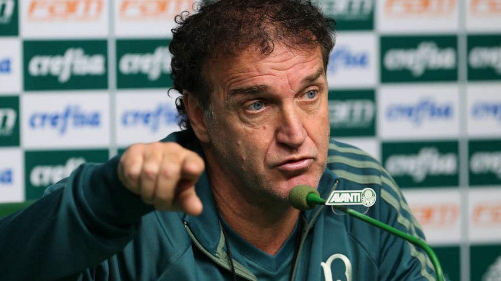 Cuca, Carpegiani e as opções do Flamengo caso Rueda deixe o clube