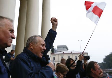 Opposition leader Vladimir Neklyayev delivers a speech during a rally to protest against the upcoming Zapad-2017 war games, held by Russian and Belarussian servicemen, and to mark the Day of Belarussian Military Glory in Minsk, Belarus September 8, 2017. REUTERS/Vasily Fedosenko