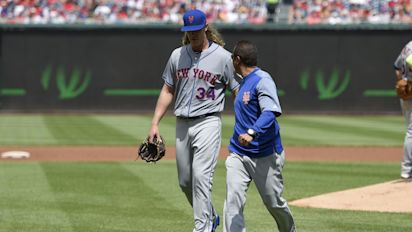 Syndergaard pelted by Nats, leaves with injury