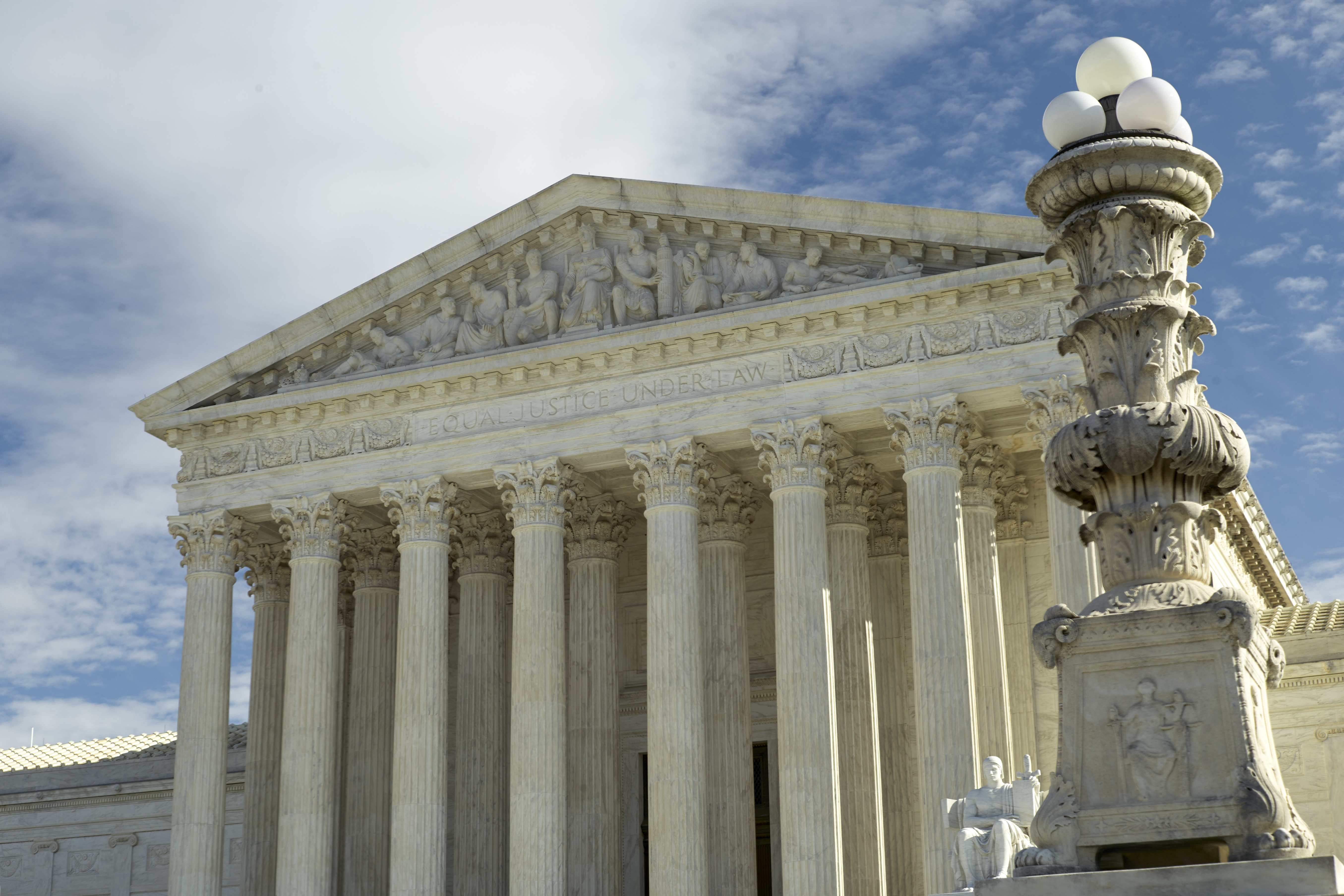 Supreme Court Rules Criminal Convictions by Juries Must Be Unanimous