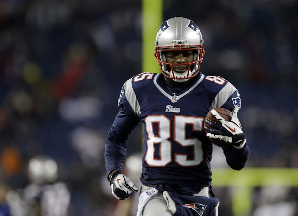49ers sign WR Brandon Lloyd to 1-year deal