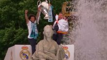 Real Madrid celebrates win at Cibeles Fountain