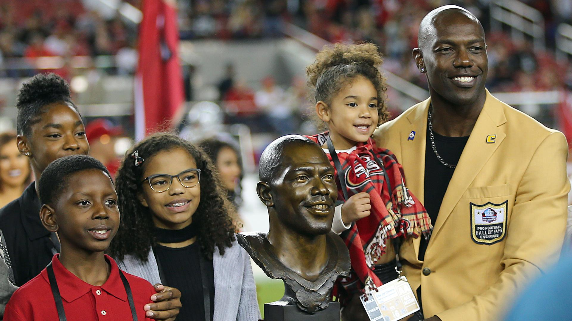 Ex-49ers star Terrell Owens always welcomed at Pro Football Hall of Fame