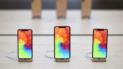 iPhone, nel 2020 arriverà il primo con la fotocamera sotto lo schermo