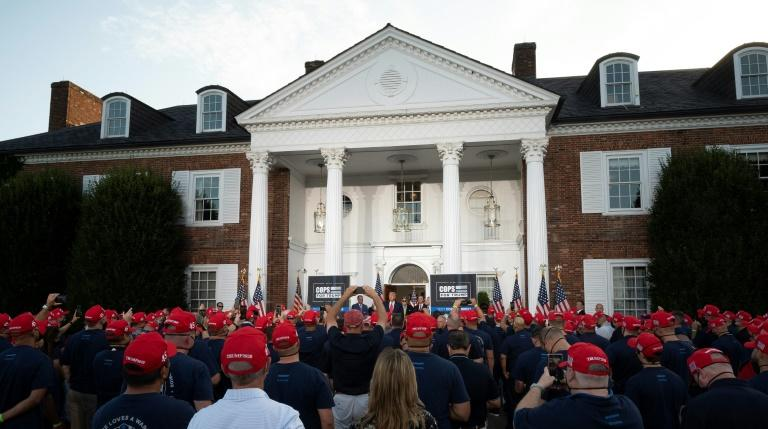 His private golf club and a crowd of supporters makes a perfect weekend for President Donald Trump