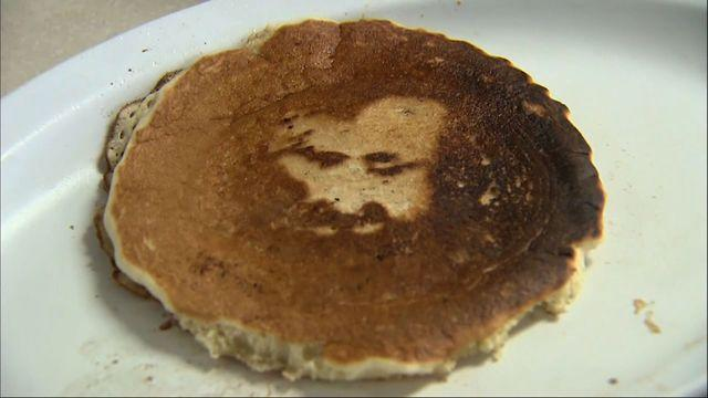 Calif. cafe owners proclaim face of Jesus in pancake
