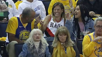 Curry parents have a new rooting strategy
