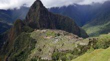 Vizcarra começa campanha de reflorestamento para proteger Machu Picchu