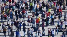 """Allemagne: des milliers d'""""anti-masques"""" contre les mesures sanitaires à Constance"""